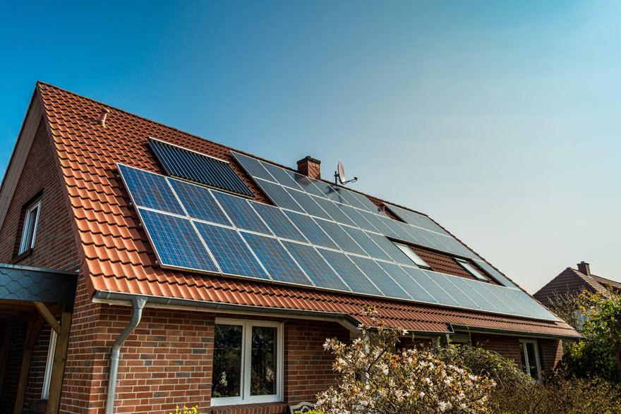 Pse duhet të kursehet energjia elektrike në shtëpi?